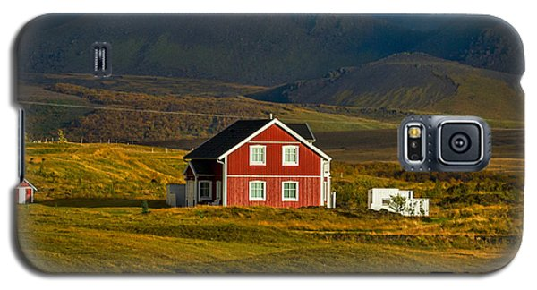 Red House And Horses - Iceland Galaxy S5 Case