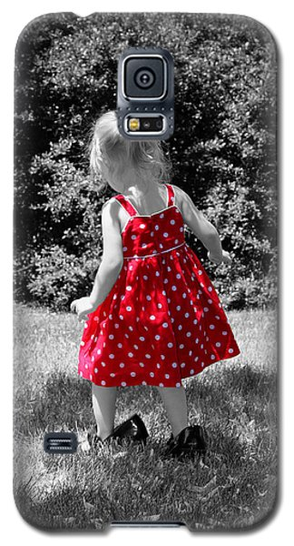 Red Polka Dot Dress And Mommy's Shoes Galaxy S5 Case by Tracie Kaska