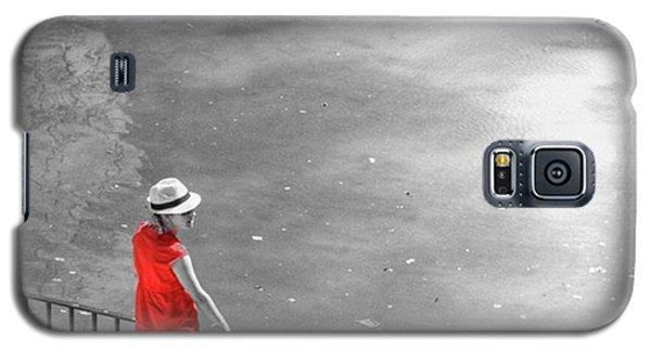 Amazing Galaxy S5 Case - Red Shirt, Black Swanla Seu, Palma De by John Edwards