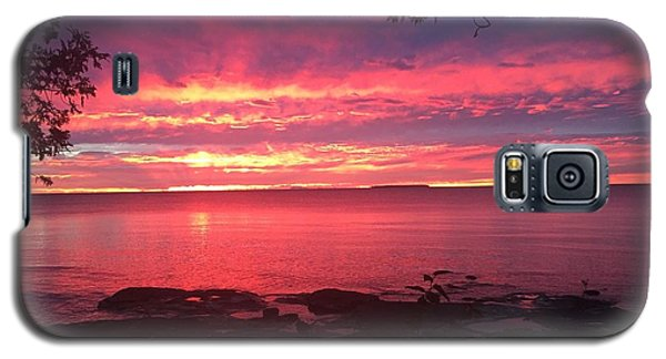 Red Sky At Night Galaxy S5 Case by Paula Brown