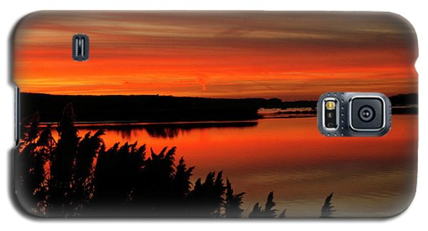 Red Sky On The Illinois River Galaxy S5 Case