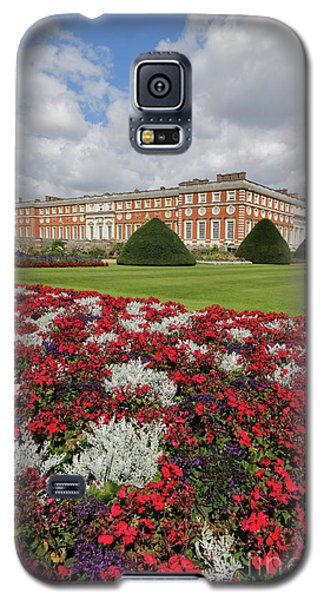 Red White And Blue At Hampton Court Galaxy S5 Case