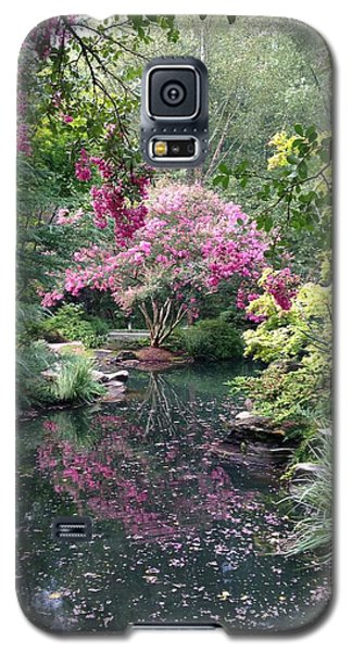 Galaxy S5 Case featuring the photograph Reflecting Crape-myrtles by Linda Geiger