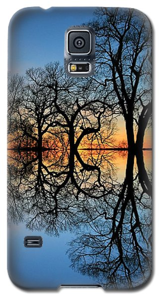 Galaxy S5 Case featuring the photograph Reflecting On Tonight by Chris Berry