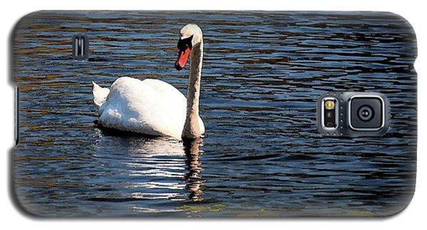 Reflecting Swan Galaxy S5 Case