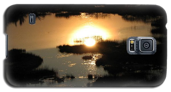 Galaxy S5 Case featuring the photograph Reflections At Sunset by Barbara Yearty
