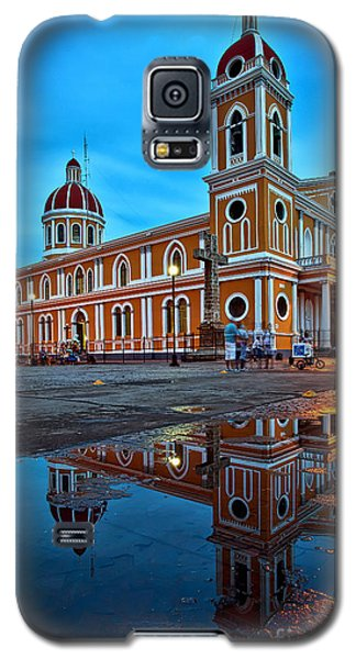 Reflections Of Granada, Nicaragua  Galaxy S5 Case
