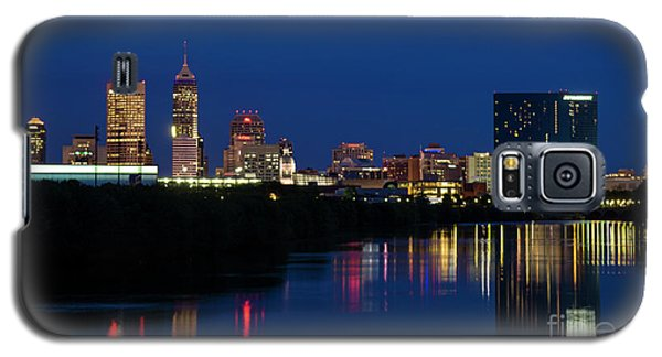 Galaxy S5 Case featuring the photograph Reflections Of Indy - D009911 by Daniel Dempster
