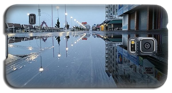 Reflections Of The Boardwalk Galaxy S5 Case by Robert Banach