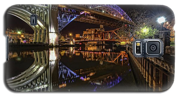 Galaxy S5 Case featuring the photograph Reflections Of Veterans Memorial Bridge  by Brent Durken