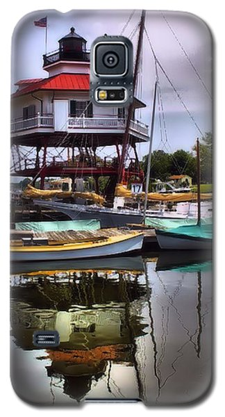 Galaxy S5 Case featuring the photograph Reflections On Golden Creek by Robert McCubbin