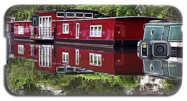 Galaxy S5 Case featuring the photograph Regent Houseboats by Keith Armstrong