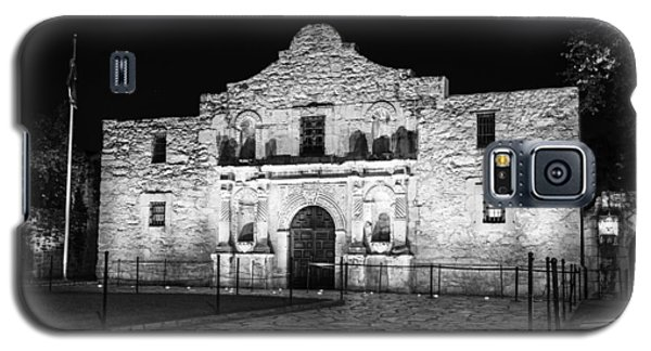 Remembering The Alamo - Black And White Galaxy S5 Case by Stephen Stookey