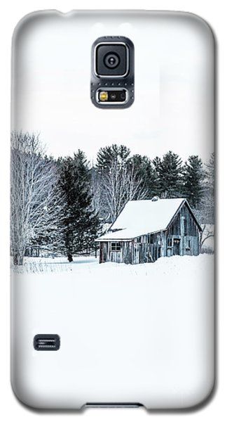 Galaxy S5 Case featuring the photograph Remote Cabin In Winter by Edward Fielding