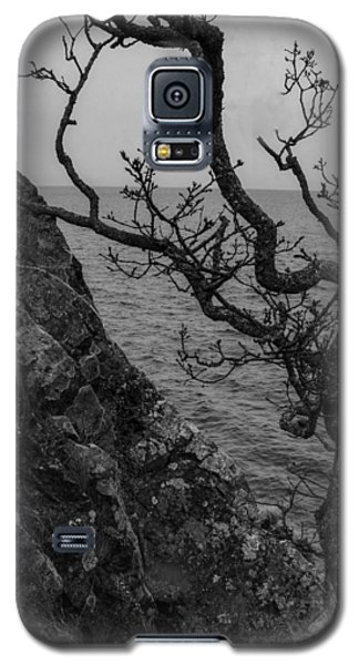 Galaxy S5 Case featuring the photograph Resilience by Jacqui Boonstra