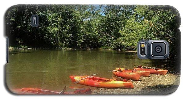 Resting Kayaks Galaxy S5 Case