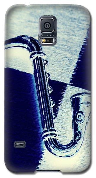 Trumpet Galaxy S5 Case - Retro Blues by Jorgo Photography - Wall Art Gallery