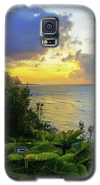 Galaxy S5 Case featuring the photograph Return by Chad Dutson