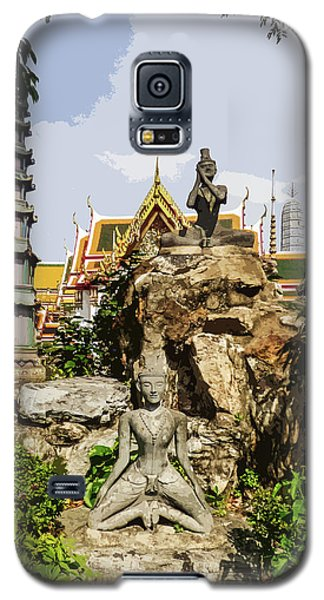 Reusi Dat Ton Statues At Wat Pho Galaxy S5 Case