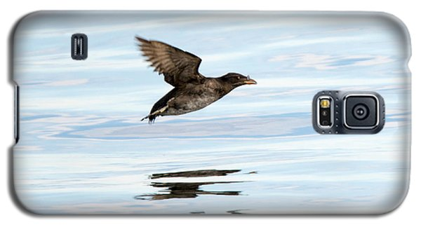 Rhinoceros Auklet Reflection Galaxy S5 Case by Mike Dawson