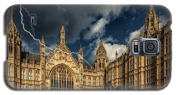 Galaxy S5 Case featuring the photograph Richard The Lionheart by Adrian Evans
