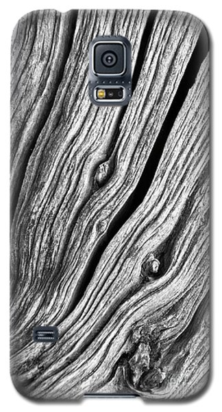Galaxy S5 Case featuring the photograph Ridges - Bw by Werner Padarin