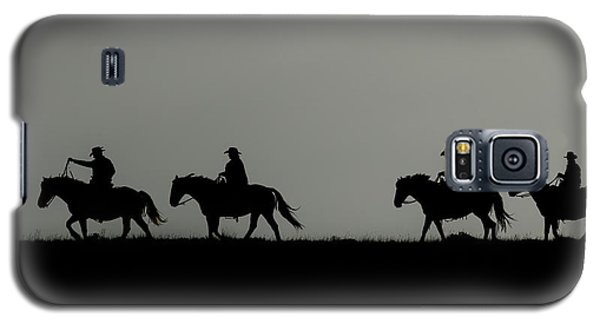 Riding The Range At Sunrise Galaxy S5 Case
