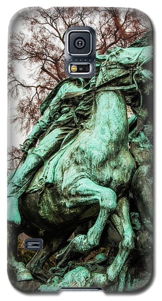 Galaxy S5 Case featuring the photograph Riding Tight by Christopher Holmes