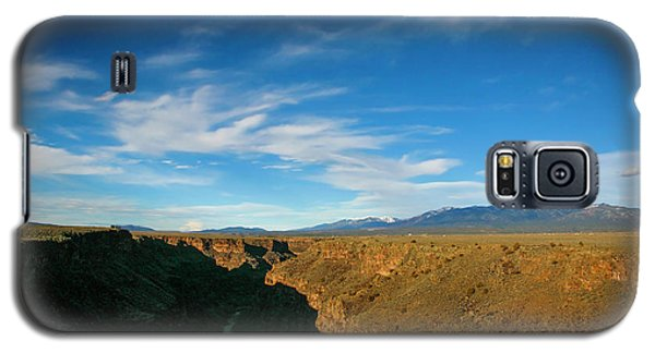 Galaxy S5 Case featuring the photograph Rio Grande Gorge Nm by Marilyn Hunt