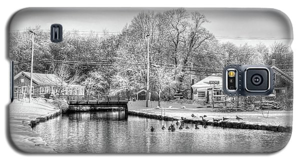 River In The Snow Galaxy S5 Case