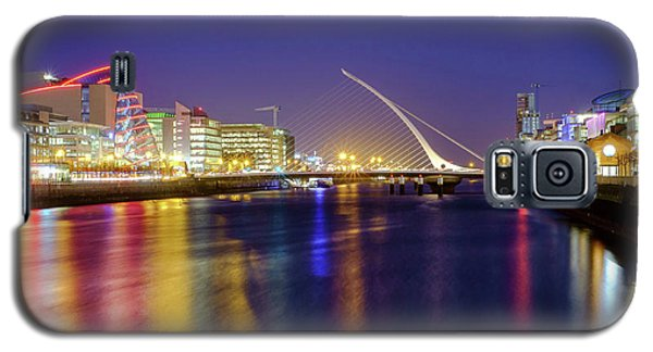 River Liffey In Dublin At Dusk Galaxy S5 Case
