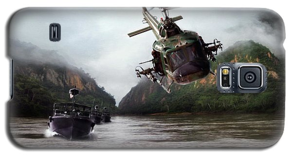 Helicopter Galaxy S5 Case - River Patrol by Peter Chilelli