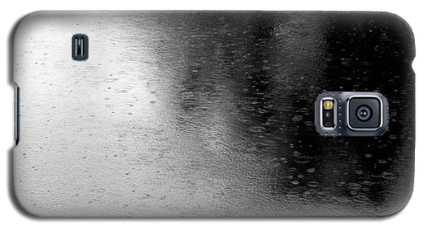 River Rain  Naperville Illinois Galaxy S5 Case by Michael Bessler
