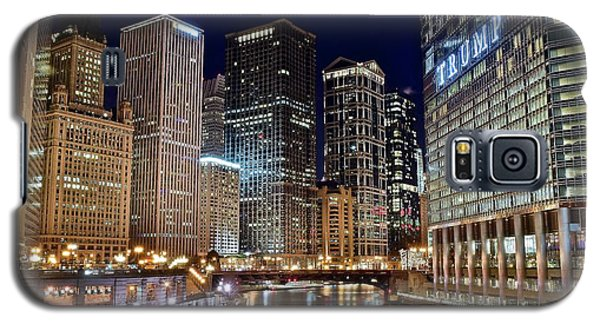 River View Of The Windy City Galaxy S5 Case by Frozen in Time Fine Art Photography