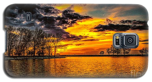 Galaxy S5 Case featuring the photograph Riverview Beach Park Sunset by Nick Zelinsky