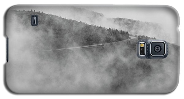 Road In Fog - Blue Ridge Parkway Galaxy S5 Case