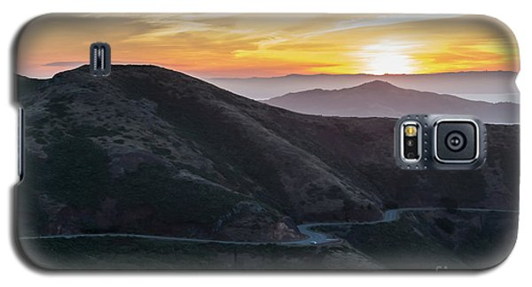 Road On The Edge Of The Mountain With Sunrise In The Background Galaxy S5 Case