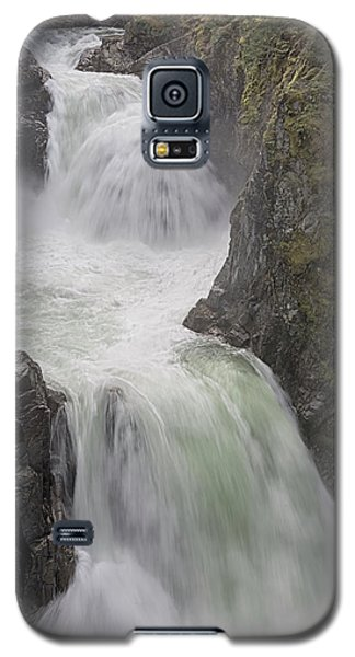 Roaring River Galaxy S5 Case by Randy Hall
