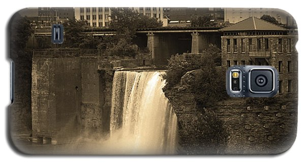 Galaxy S5 Case featuring the photograph Rochester, New York - High Falls 2 Sepia by Frank Romeo