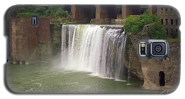 Galaxy S5 Case featuring the photograph Rochester, New York - High Falls by Frank Romeo
