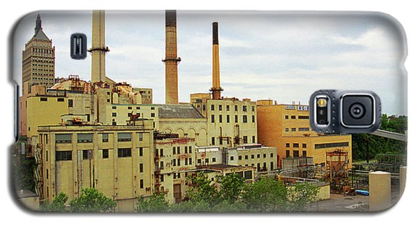 Rochester, Ny - Factory And Smokestacks 2005 Galaxy S5 Case by Frank Romeo
