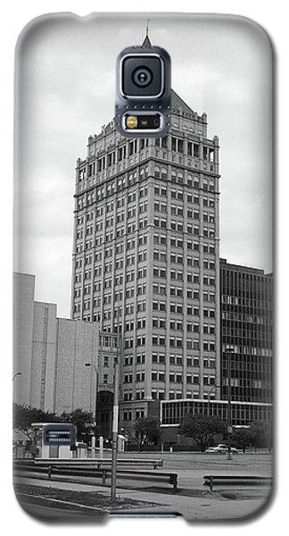 Rochester, Ny - Kodak Building 2005 Bw Galaxy S5 Case