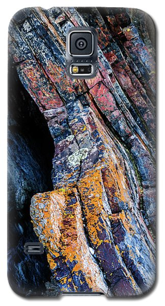 Galaxy S5 Case featuring the photograph Rock Pattern Sc01 by Werner Padarin