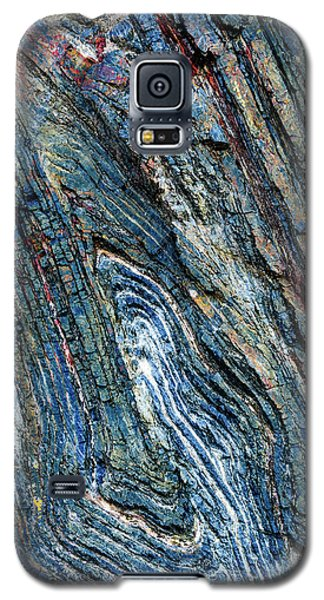 Galaxy S5 Case featuring the photograph Rock Pattern Sc03 by Werner Padarin