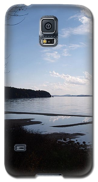 Galaxy S5 Case featuring the photograph Rock Point North View Vertical by Felipe Adan Lerma