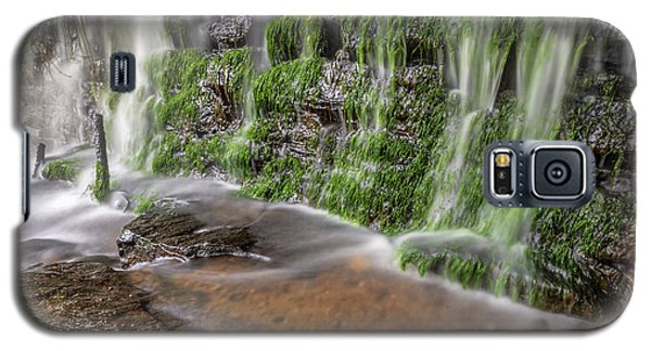 Rock Wall Waterfall Galaxy S5 Case