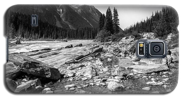 Rocky Banks Of Kootenay River Galaxy S5 Case