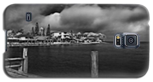 Rod And Reel Pier In Infrared Galaxy S5 Case