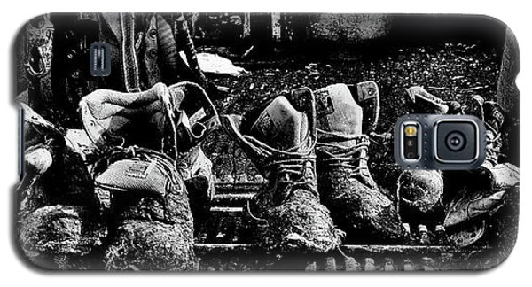 Roofers Tar Boots Take A Break Galaxy S5 Case