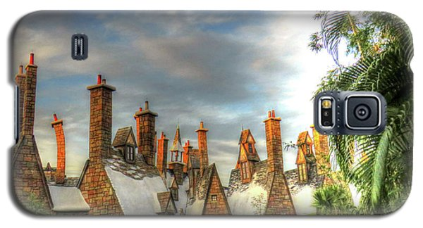 Galaxy S5 Case featuring the photograph rooftops Hogsmeade by Tom Prendergast